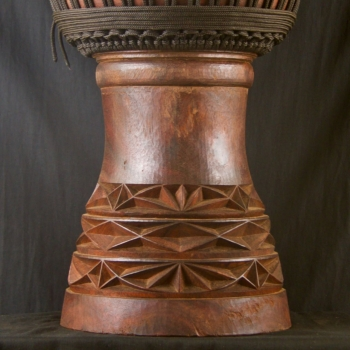 Details of the sculptures of a BaraGnouma djembe