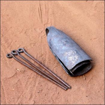 Set of Dununs Set Bells, BaraGnouma