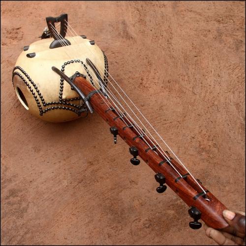 Kamele n'goni 8 strings ebony model